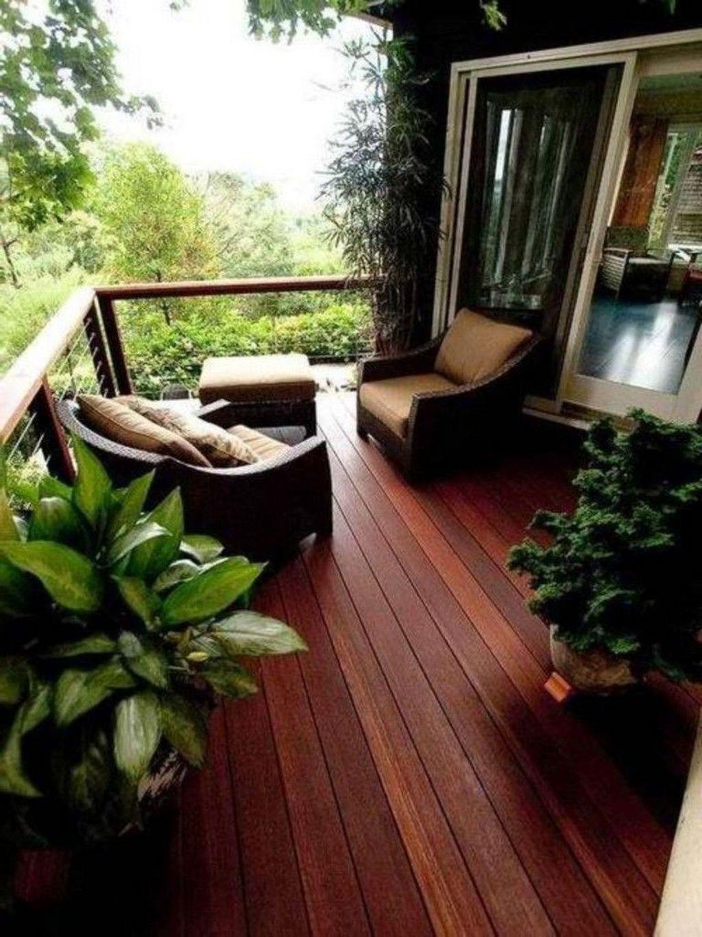 Awesome Rustic Balcony Garden33