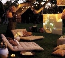 Awesome Valentine Backyard Ideas16