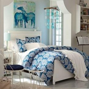 Elegant Blue Themed Bedroom Ideas12
