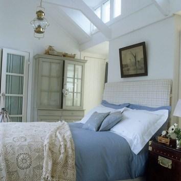 Elegant Blue Themed Bedroom Ideas35