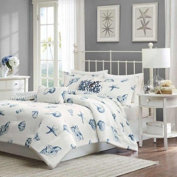Elegant Blue Themed Bedroom Ideas43