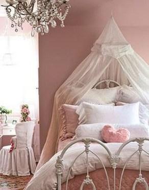 Inspiring Vintage Bedroom Decorations29