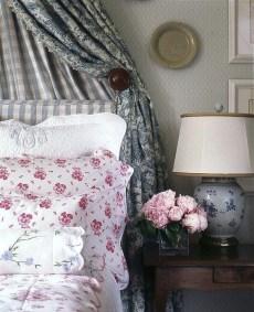 Inspiring Vintage Bedroom Decorations42