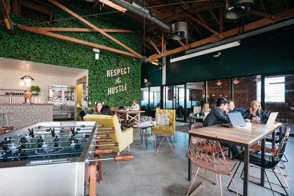 Simple Workspace Design Ideas26