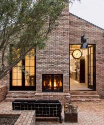 Amazing Modern Home Exterior Designs21