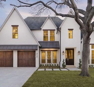 Amazing Modern Home Exterior Designs28