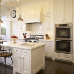 Amazing Traditional Kitchen Designs For Your Kitchen Renovation20