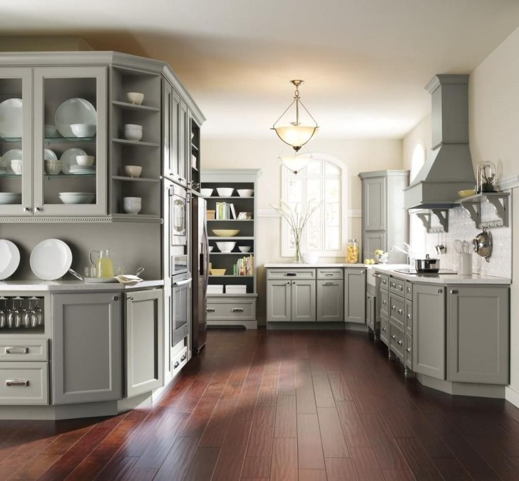 Amazing Traditional Kitchen Designs For Your Kitchen Renovation36
