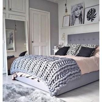 Beautiful Vintage Mid Century Bedroom Designs32