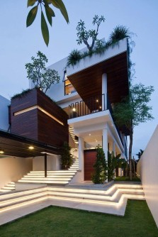 Extravagant Houses With Unique And Remarkable Design10