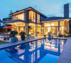 Extravagant Houses With Unique And Remarkable Design21