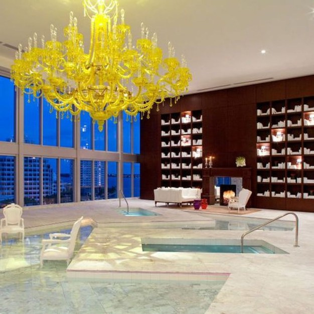 Lovely Penthouse Signature Design23
