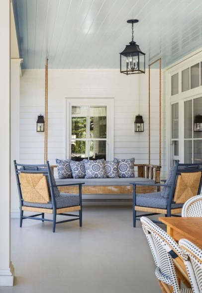 Welcoming Contemporary Porch Designs38