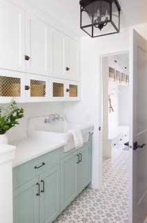 Amazing Laundry Room Tile Design02