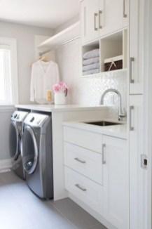 Amazing Laundry Room Tile Design18