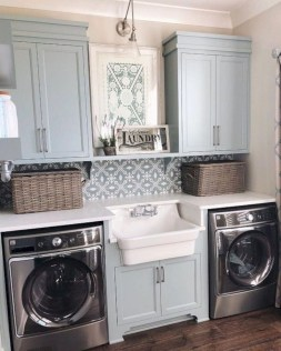 Amazing Laundry Room Tile Design21