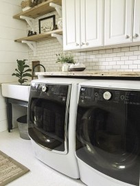 Amazing Laundry Room Tile Design30