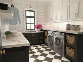 Amazing Laundry Room Tile Design36