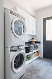 Amazing Laundry Room Tile Design40