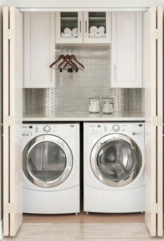 Amazing Laundry Room Tile Design46