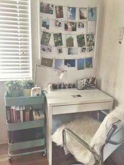 Brilliant Bedroom Organizatioan Ideas27