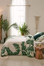 Comfy Urban Master Bedroom Ideas03