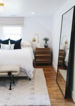 Comfy Urban Master Bedroom Ideas07