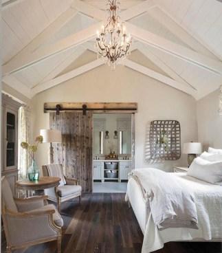 Comfy Urban Master Bedroom Ideas09