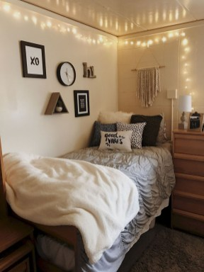 Creative College Apartment Decoration25