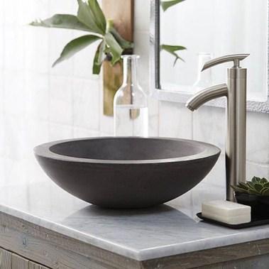 Elegant Stone Bathroom Design07