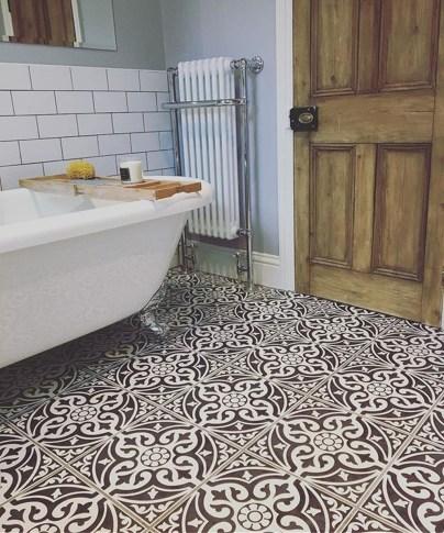 Elegant Stone Bathroom Design24