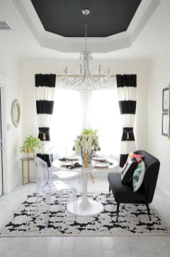 Lovely Black And White Living Room Ideas15