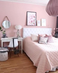 Lovely Girly Bedroom Design03