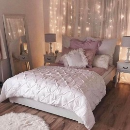 Lovely Girly Bedroom Design26