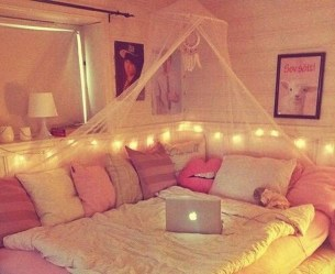 Lovely Girly Bedroom Design33