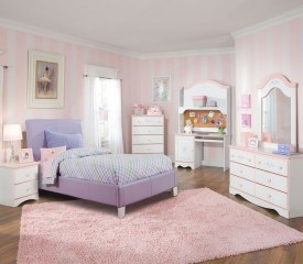 Lovely Girly Bedroom Design39
