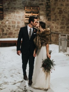 Lovely Winter Wedding Decoration42