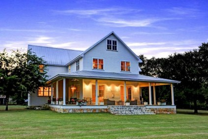 Modern Farmhouse Exterior Design02