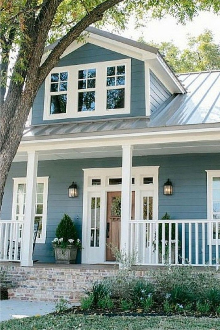 Modern Farmhouse Exterior Design26