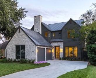 Modern Farmhouse Exterior Design36