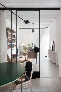 Modern Glass Wall Design14
