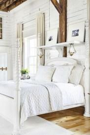 Modern White Farmhouse Bedroom Ideas04