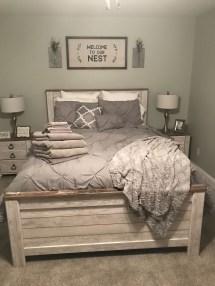 Modern White Farmhouse Bedroom Ideas14
