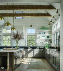 Stunning Farmhouse Design04