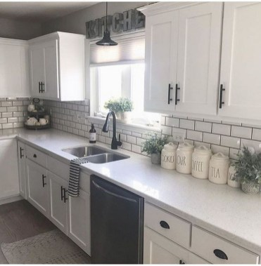 Stunning White Kitchen Ideas25