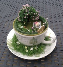 Beautiful Fairy Garden Ideas10