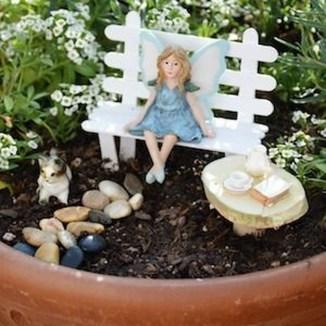Beautiful Fairy Garden Ideas25