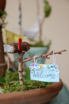 Beautiful Fairy Garden Ideas32