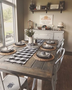 Awesome Country Dining Room Table Decor Ideas15
