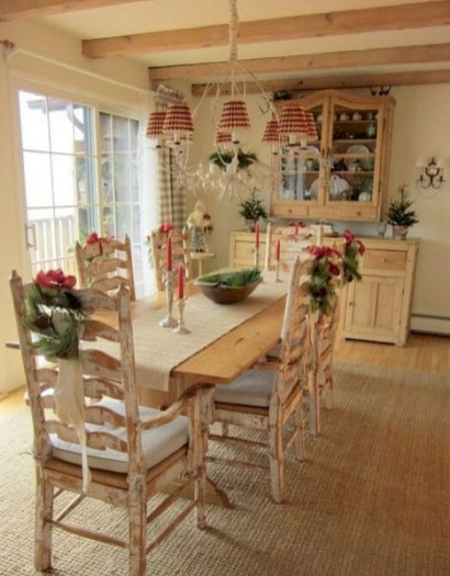 Awesome Country Dining Room Table Decor Ideas19